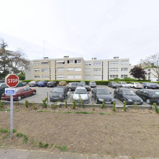 Parking André Chénier - Parking - Évry-Courcouronnes