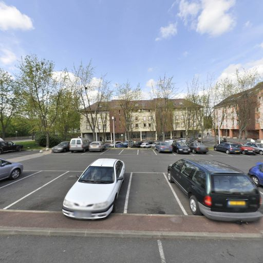 Parking Place des Fédérés - Parking - Évry-Courcouronnes