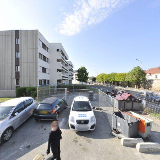 Zri Man Auto - Automobiles d'occasion - Évry-Courcouronnes