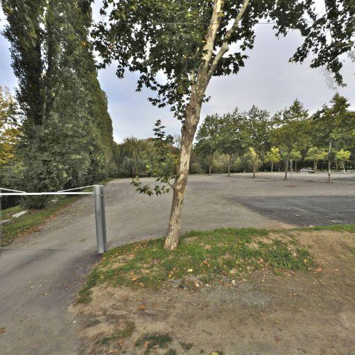 Le Chemin Bleu - Terrain de football - Rezé
