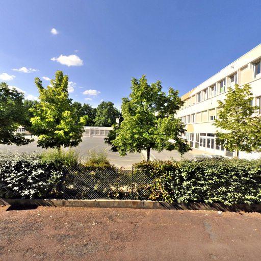 I.U.F.M Institut Universitaire de Forma - Infrastructure sports et loisirs - Poitiers