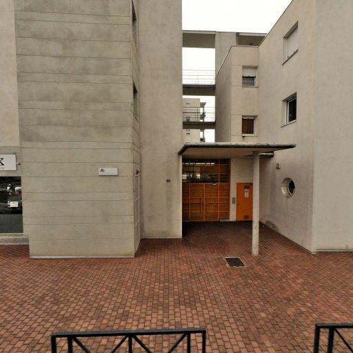 Shiva-Smaly - Ménage et repassage à domicile - Clermont-Ferrand