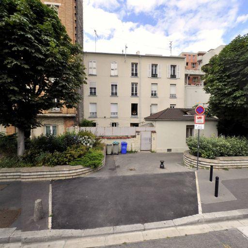 Mon Chasseur Immo - Clara B. - Mandataire immobilier - Saint-Ouen-sur-Seine
