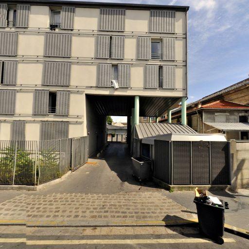 Adoma - Affaires sanitaires et sociales - services publics - Aubervilliers