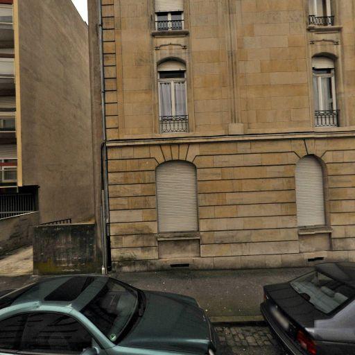 Aurelie Huet - Soins hors d'un cadre réglementé - Metz