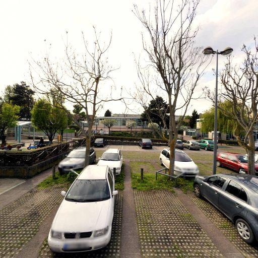 Parking Place des Ailantes - Parking - Sceaux