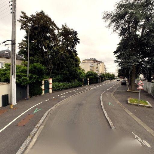 Collège Etienne Dolet - Collège - Orléans