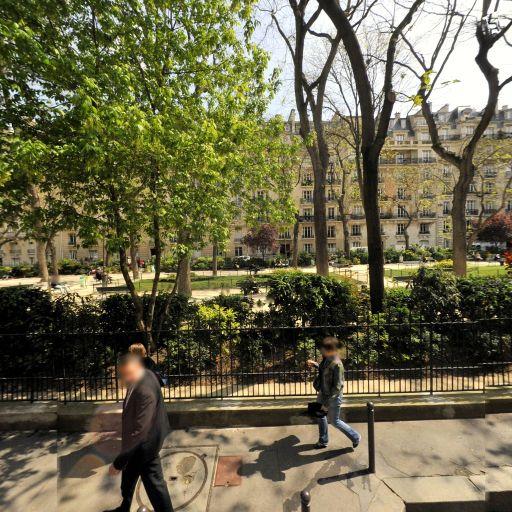 Square de Clignancourt - Parc et zone de jeu - Paris