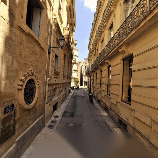 Blue - Production, réalisation et distribution cinématographique - Montpellier