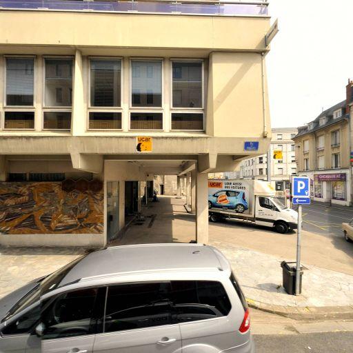 Terre Et Mer Croirsieres - Transport maritime et fluvial - Bourges