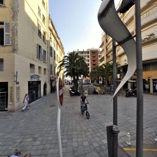 Pharmacie De La Marine - Pharmacie - Toulon