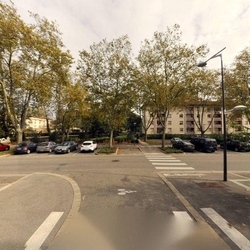 Canal Karzaquet - Chaînes de télévision - Bourg-en-Bresse