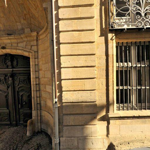 Hôtel Pichon-Longueville - Attraction touristique - Bordeaux