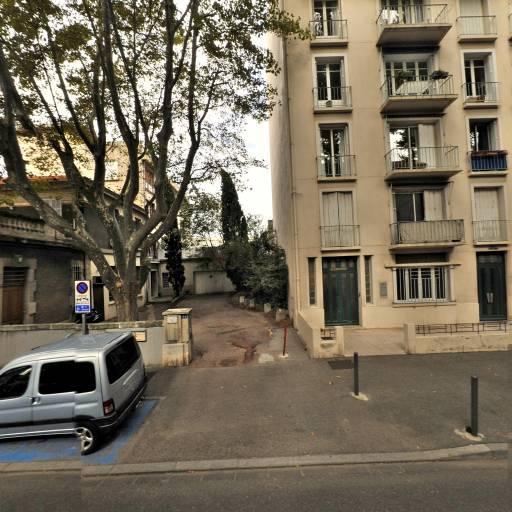 Avignon Prestige Tours - Office de tourisme et syndicat d'initiative - Avignon