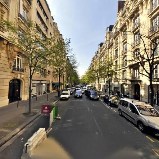 Tahira Salon De Beauté - Manucure - Paris