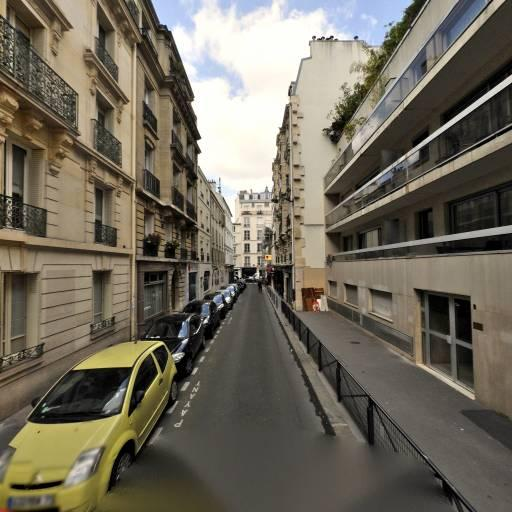 Dahlia - Voyance et cartomancie - Paris