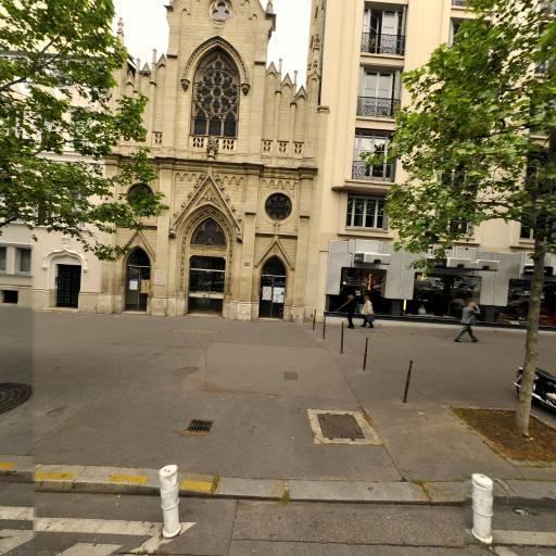 Roche Bobois - Magasins de canapés et salons - Paris
