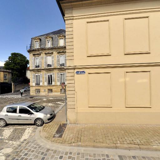 Union Des Maisons De Champagne - Producteur et vente directe de vin - Reims