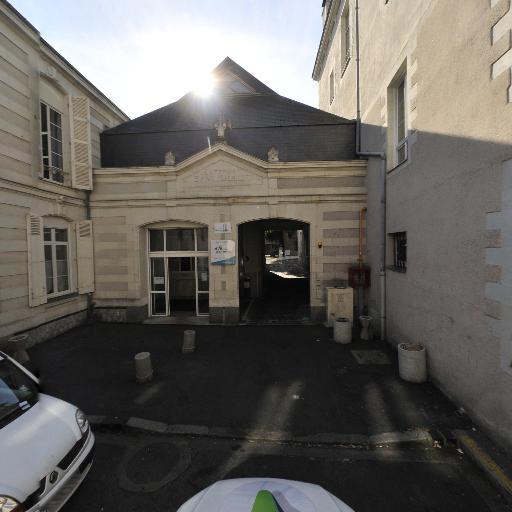 Ensemble scolaire SAINT-BENOIT Site Collégiale - Enseignement supérieur privé - Angers