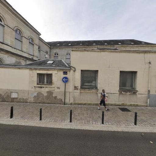 Institut régional de formation en masso-kinésithérapie - Grande école, université - Orléans