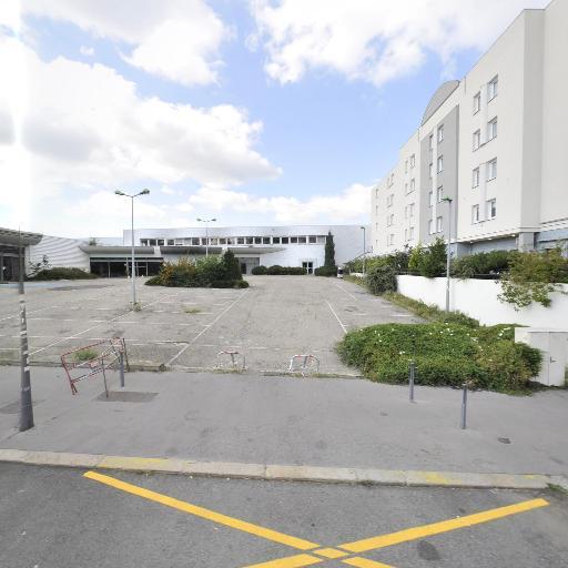 Kyriad Saint-Etienne Centre - Restaurant - Saint-Étienne