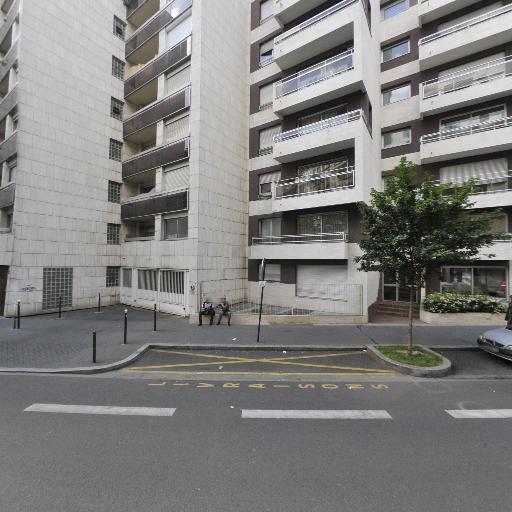 Pulsat Izard Et Compagnie - Cadeaux - Boulogne-Billancourt