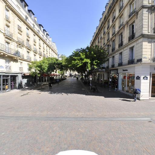 Fnac - Librairie - Paris