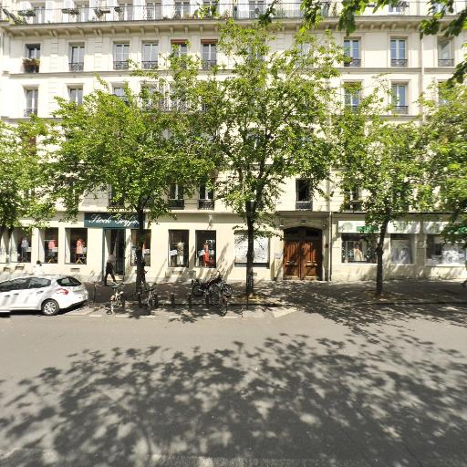 Julien - Discount, destockage et dégriffés - Paris