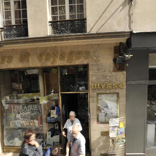 L'embrasser - Galerie d'art - Paris