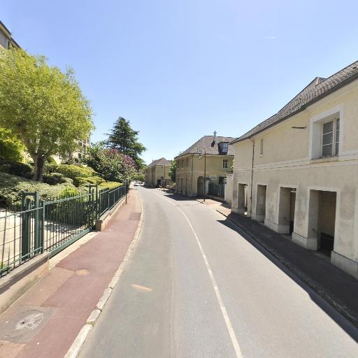 DT Moving France - Agence marketing - Saint-Germain-en-Laye