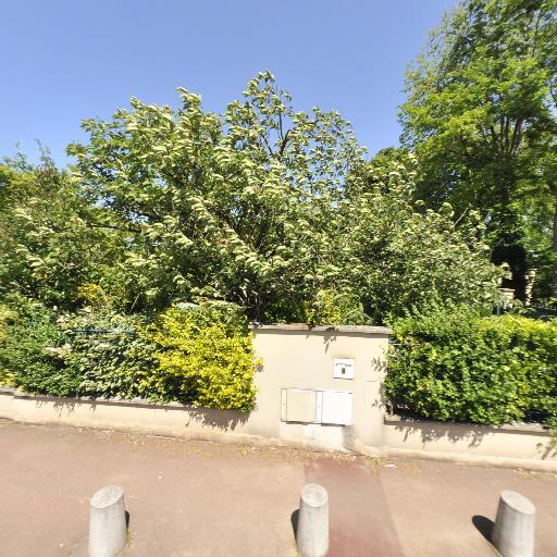 Bois Joli - Crèche - Saint-Germain-en-Laye