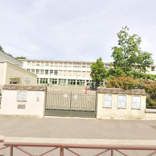 Salle de Sports J.j. Tharaud - Infrastructure sports et loisirs - Versailles