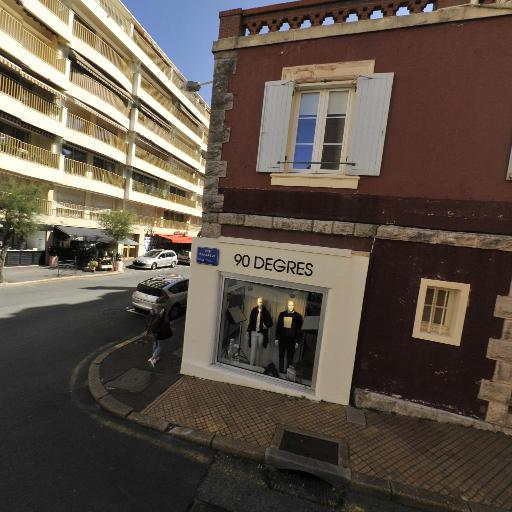 Vivaritz - Magasin de meubles - Biarritz