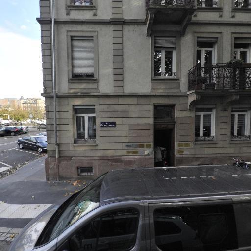 Myriam Munch - Soins hors d'un cadre réglementé - Strasbourg