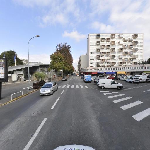 Caylus Francoise - Masseur kinésithérapeute - Pau