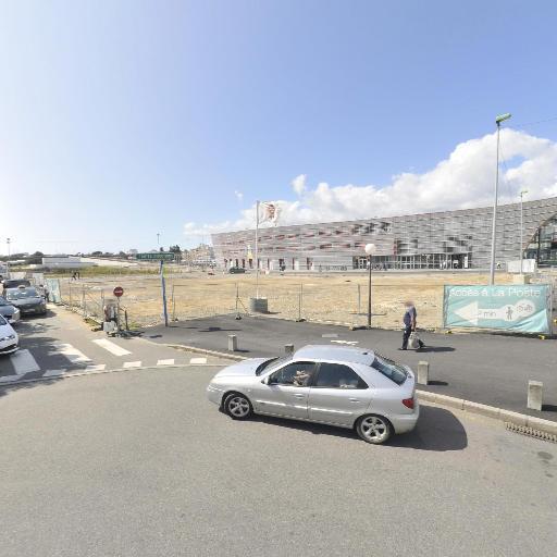 Avis Location De Voitures - Location d'automobiles de tourisme et d'utilitaires - Lorient