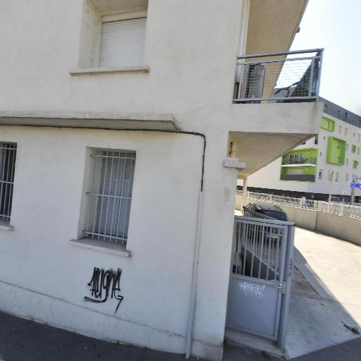 Toumi Adlen - Pose et traitement de carrelages et dallages - Marseille