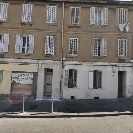 Barrière Michaël - Tapissier-décorateur - Marseille