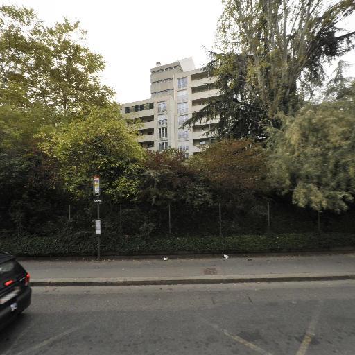CCAS Centre Communal d'Action Sociale - Maison de retraite et foyer-logement publics - Villeurbanne