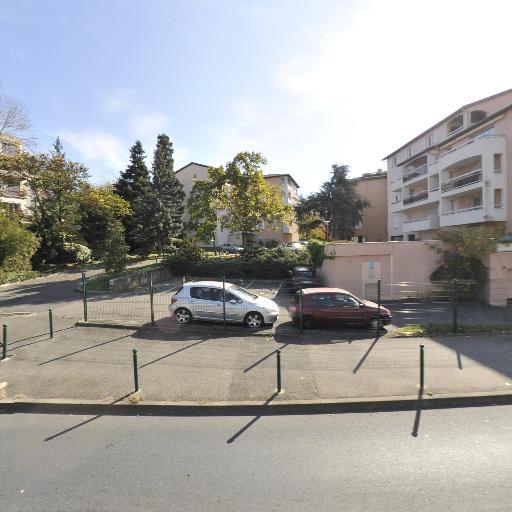 Perroud Vivien - Plombier - Lyon