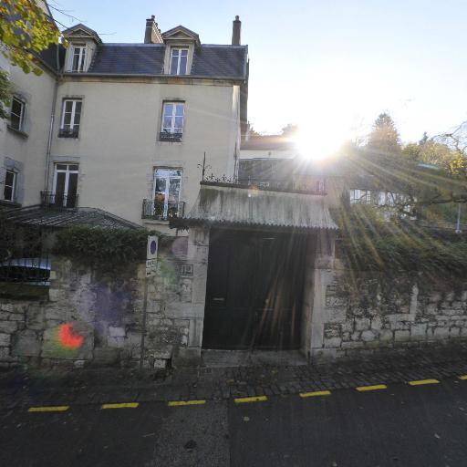 Centre Des Monuments Nationaux - Église catholique - Besançon