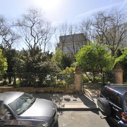 Square Sorbier - Parc et zone de jeu - Paris