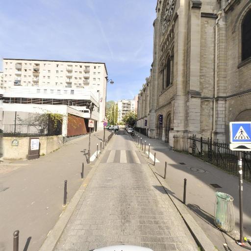 Square de l'Eglise Notre-dame de la Croix - Parc, jardin à visiter - Paris