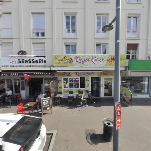 Plos Laure et pascal - Taxi - Caen