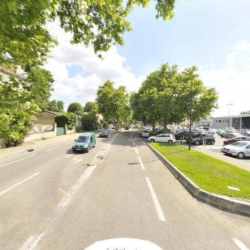 Centre Leclerc - Station-service - Avignon