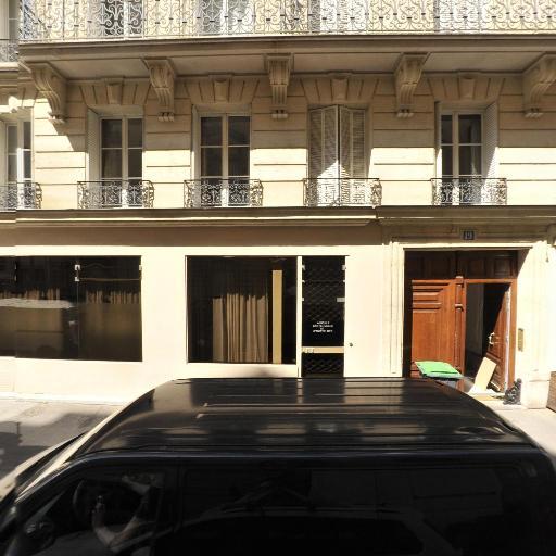 Brief SAS - Conseil en communication d'entreprises - Paris
