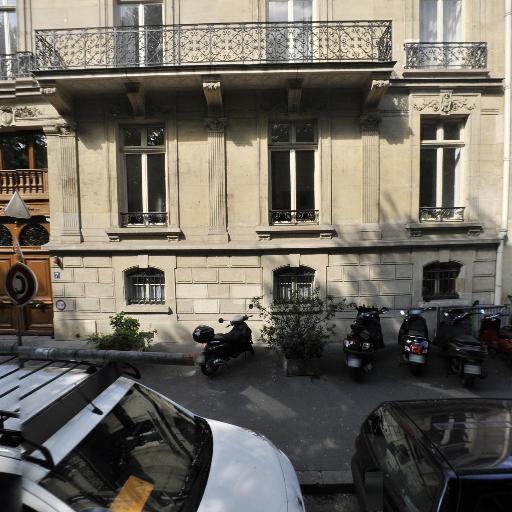 Moana Films - Production et réalisation audiovisuelle - Paris
