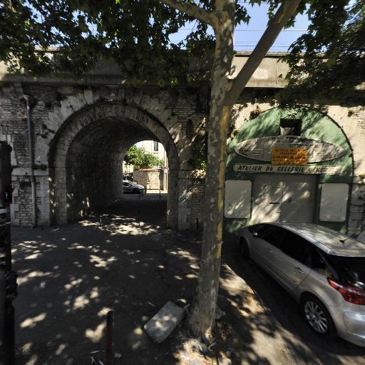 Sellerie Veyrunes - Selliers garnisseurs - Nîmes