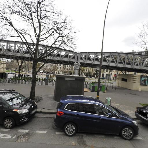 Station Vélib' Sèvres - Lecourbe - Vélos en libre-service - Paris
