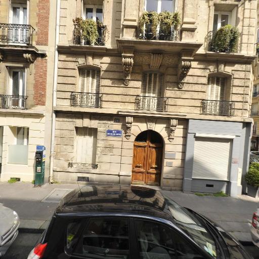 Bertrand Chapelleaubos - Soins hors d'un cadre réglementé - Paris